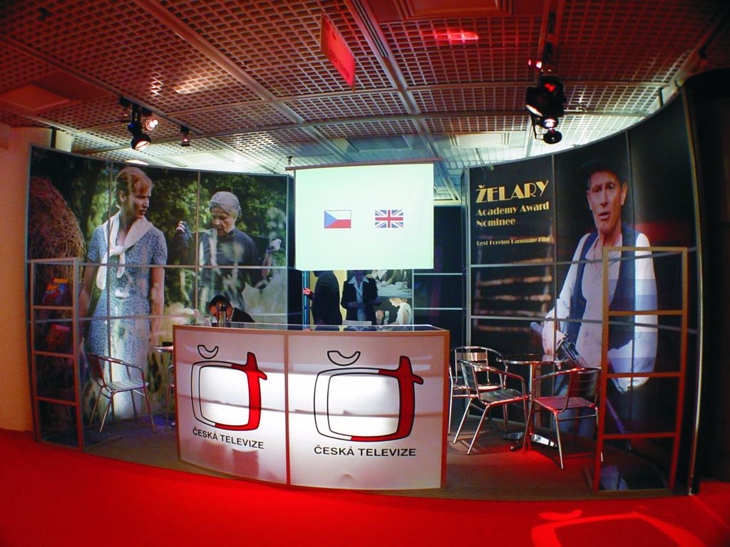 Expozice České televize na MIP TV Cannes 2004